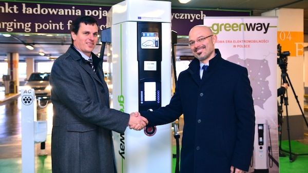 GreenWay opens the first fast charging stand in Poland